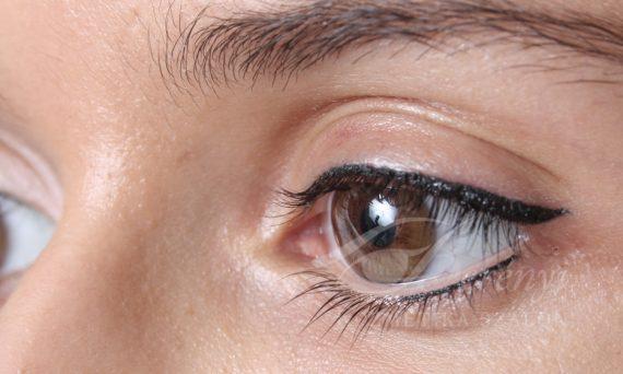 barna-szemhejkontur-tetovalas